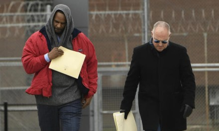 R. Kelly released from jail for the second time after another person paid child support to his ex-wife on his behalf (Photo/Video)