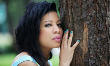 Actress Monalisa Chinda in trouble as court orders her arrest