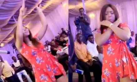 Regina Daniels Flaunts Baby Bump While Dancing (Video)