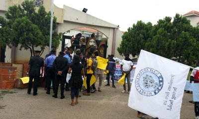 Ondo state youths shut down governor's office