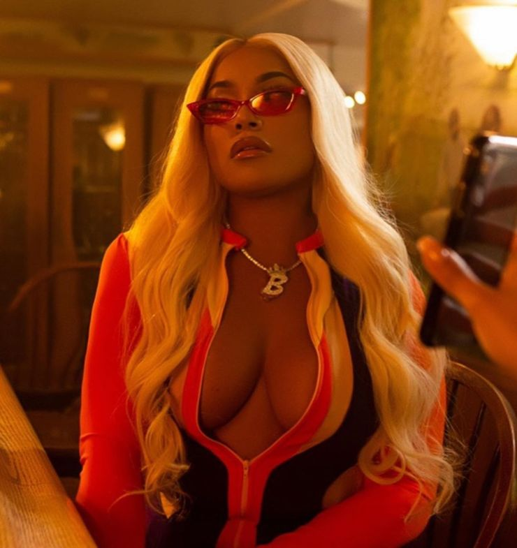 Stefflon Don puts her cleavage on display in hot photos