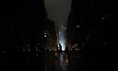 U.S homes in darkness