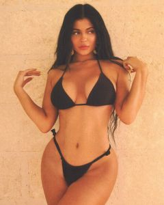 Kylie Jenner puts her curves on display in bikini photos