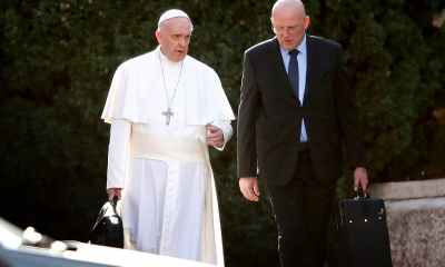 Pope Francis' bodyguard resigns