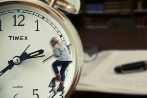 Women on the clock - the time ius of the essence when you need to move with kids