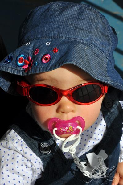 Titechérie avec sa tétine - 18 mois
