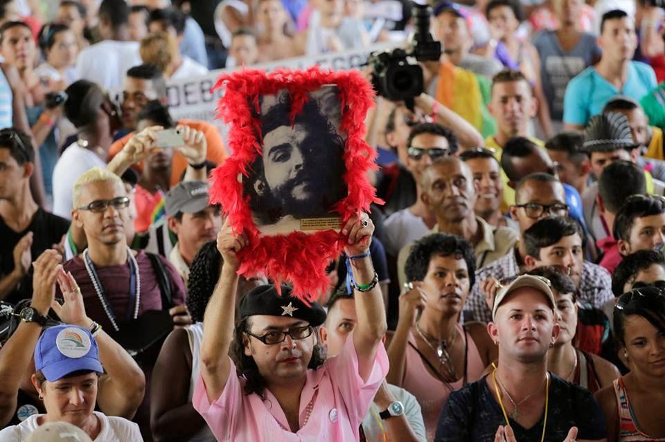 ¿Por qué la izquierda promueve el homosexualismo?. Por Nicolás Márquez.