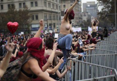 ¡¿Qué son 185 puñaladas asesinas contra el poder  del feminismo?! Por Cosme Beccar Varela