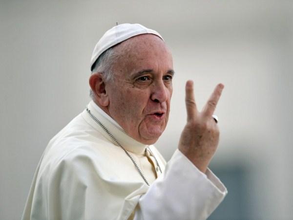 La falsa Iglesia beatifica sus falsos mártires. Por Arnaldo de Vilanova