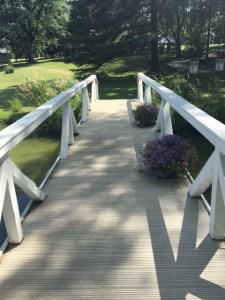 Farmington Lake footbridge walk