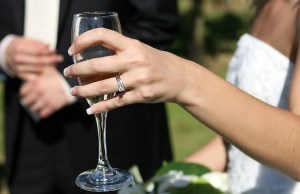 wedding couple with champagne