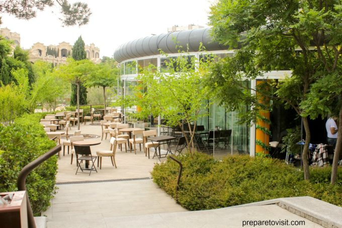 Beautiful park in Baku - Heyder Eliyev Adina Istirahet Parki
