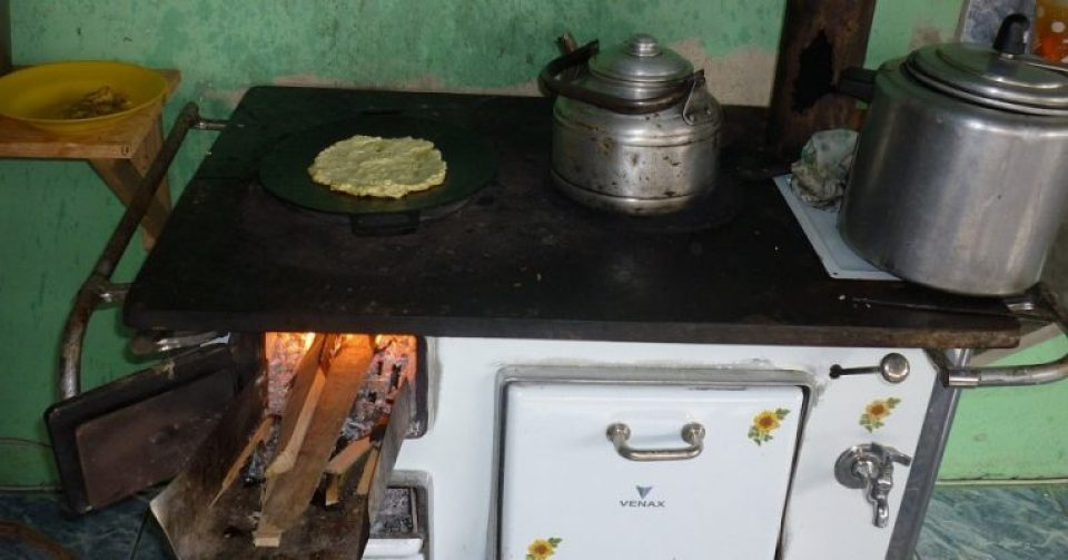 Off-grid cooking