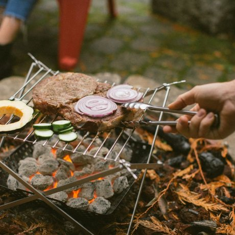 M1-Grill-Cooking-Coal