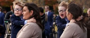 Stop What You're Doing And Look At The Photos Of Sarah Sanders' Little Boy As Marine One Takes Off