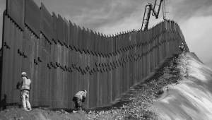 Texas Will Build Its Own Border Wall In Response To Migrant Crisis, Governor Announces