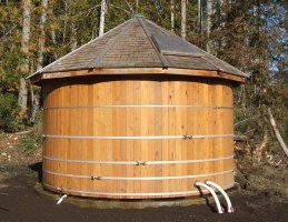 preppers will - harvesting rainwater in wooden water tanks
