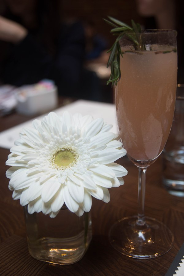 Fabrick-rosemary-peach-bellini