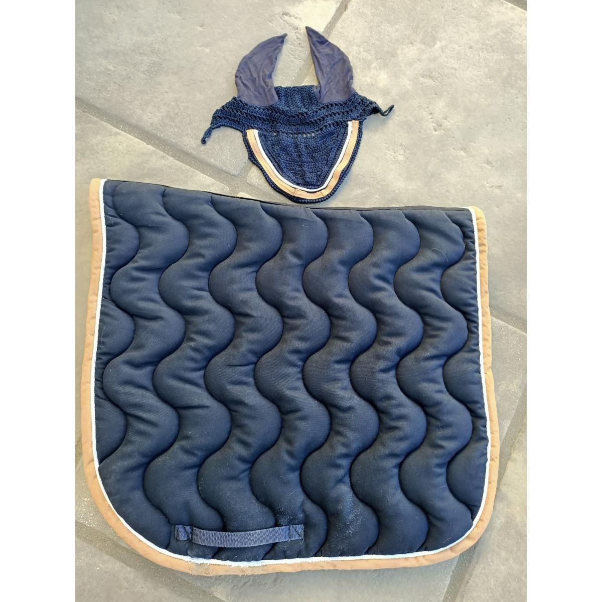 ensemble bonnet et tapis paddock sport dressage cheval