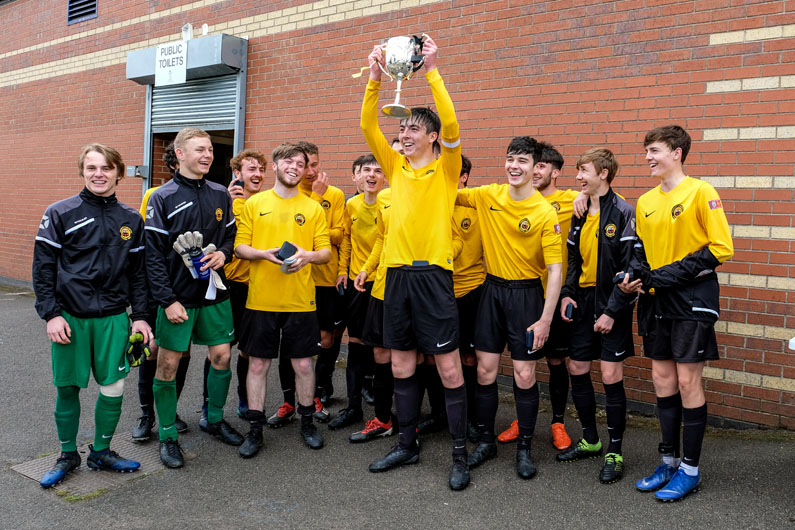 Prescot Cables U18 lift the Liverpool FA Cup