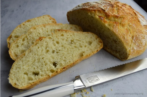 sliced bread loaf knife