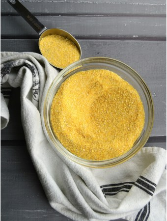 polenta corn grains bowl