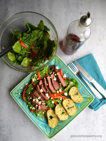 steak salad plate vinegar
