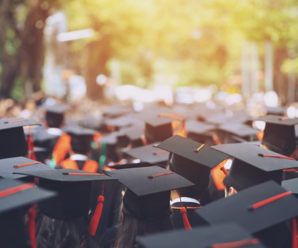 Hispanic Chamber Foundation Now Accepting Scholarship Applications