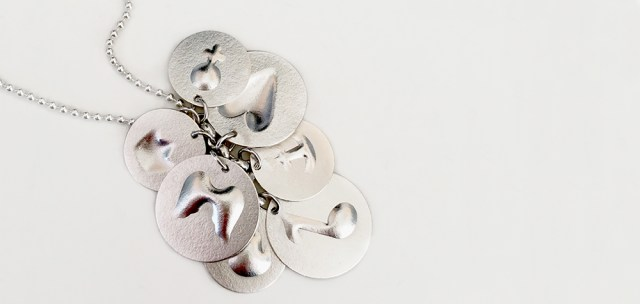 Silversmide i Stockholm - Gå kurs & få ett eget smycke Image