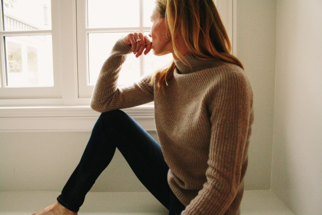 vince-sweater-turtleneck