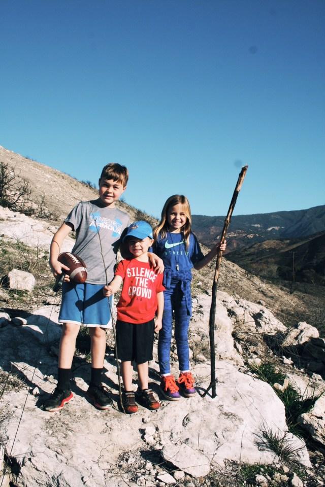 hike-santa barbara-family