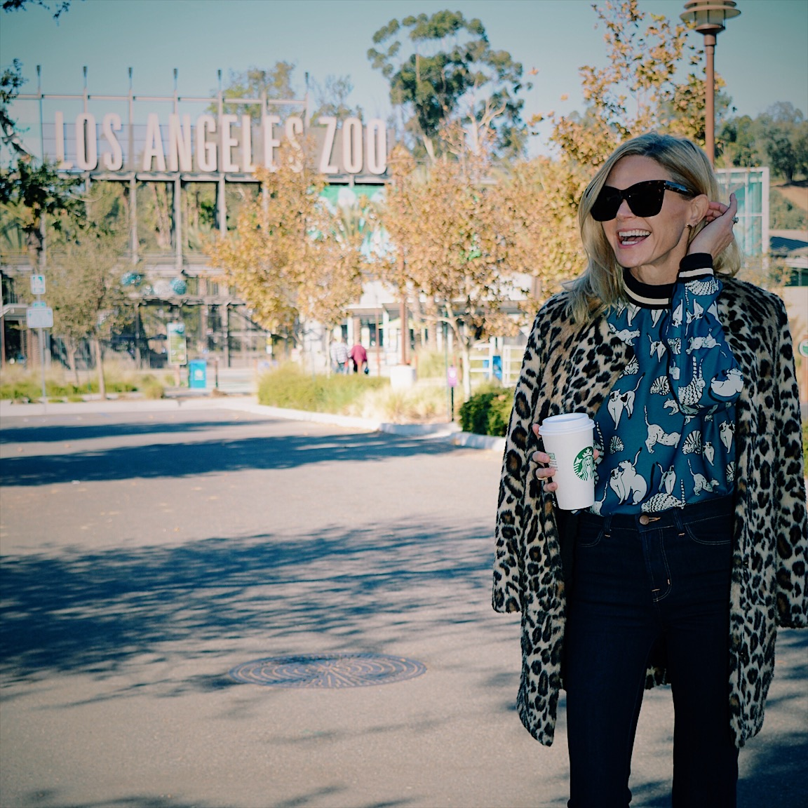 Mixing Prints: Printed Blouse + High-Rise Jeans + Leopard Coat Outfit