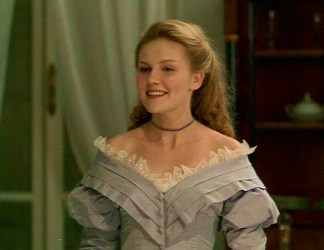 Kirsten Dunst in Lover's Prayer, Wearing a Choker