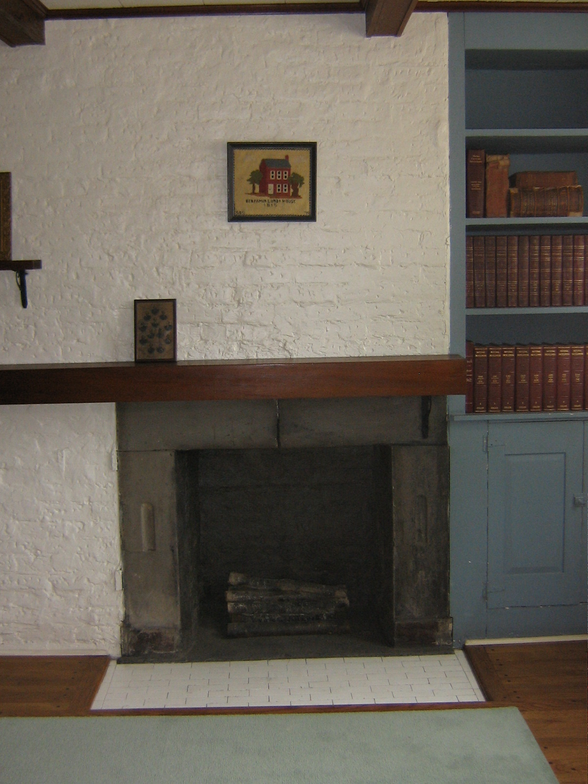 Lundy House first floor fireplace (possible parlor room). Photo courtesy of Nicholas Bogosian.