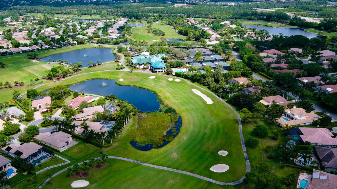 COUNTRY CLUB IN WHISPER WALK FLORIDA