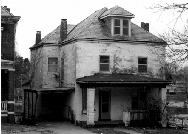 The Minnie Kolkmeyer & Katherine Bolton House at 215 West McCarty Street
