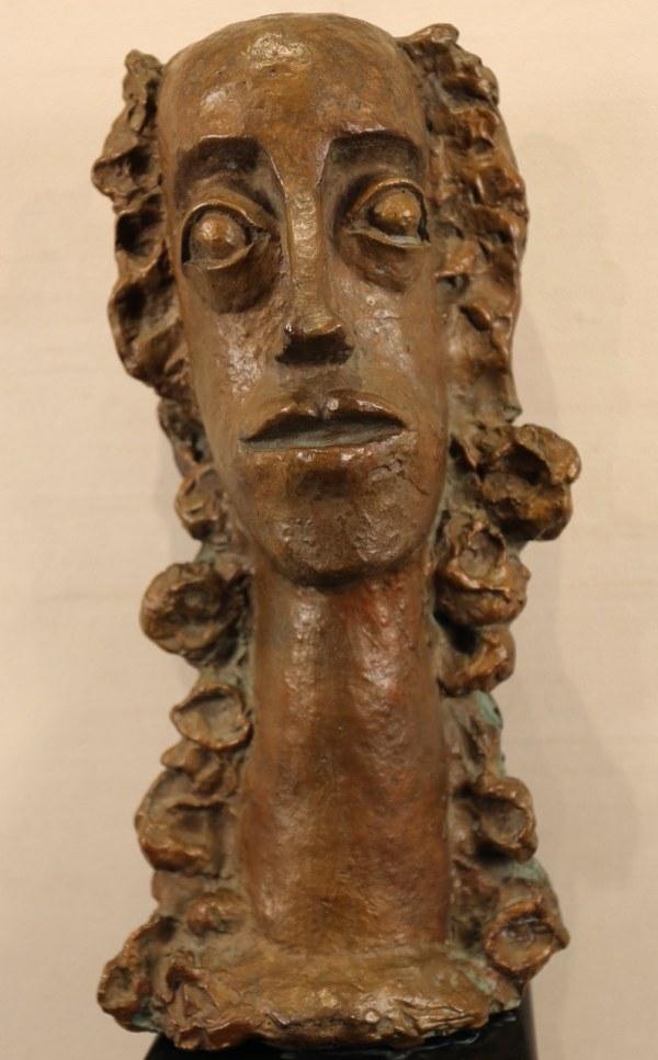 André DERAIN, Femme aux cheveux longs revenant sur la poitrine, Sculpture, Bronze