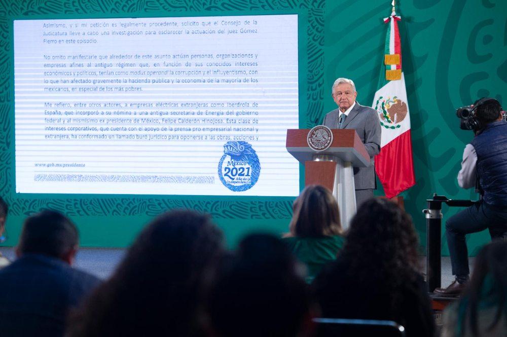 Presidente llama a revisar competencia de juez que suspendió reforma a la Ley de la Industria Eléctrica; envía carta a ministro Arturo Zaldívar