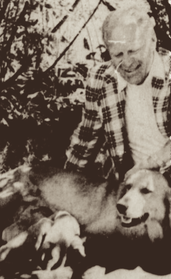 Misty with President Ford, shortly after she gave birth to six puppies, September 1977.