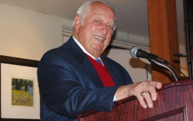 Lasorda makes his pitch for Caesar Uyesaka Stadium