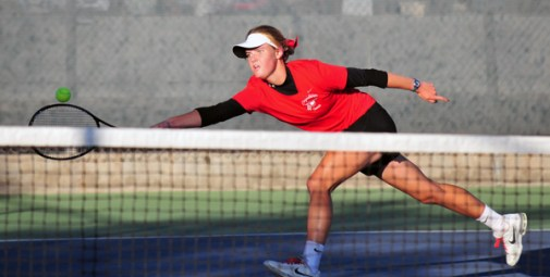 Kelsie Bryant - Carpinteria High School Tennis