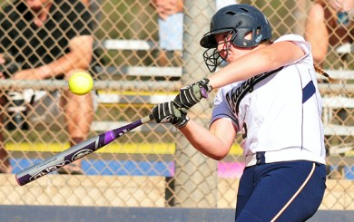 SFT: Chargers blast eight homers in two wins