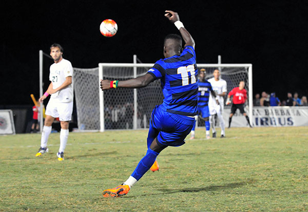 UCSB's men's soccer game defeated South Carolina on Sunday at Harder Stadium to reach the NCAA Tournament Sweet 16. (Presidio Sports Photo)