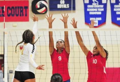 Ventura's Sammy Slater faces all-league selections Gabi Peoples and Kamille Williams of San Marcos. (Presidio Sports Photo)