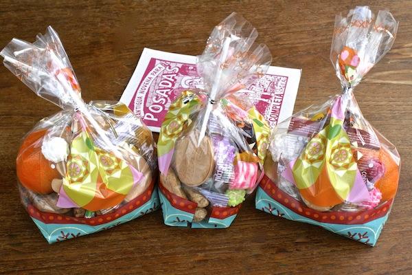 alguinaldos-posada-candy-bags
