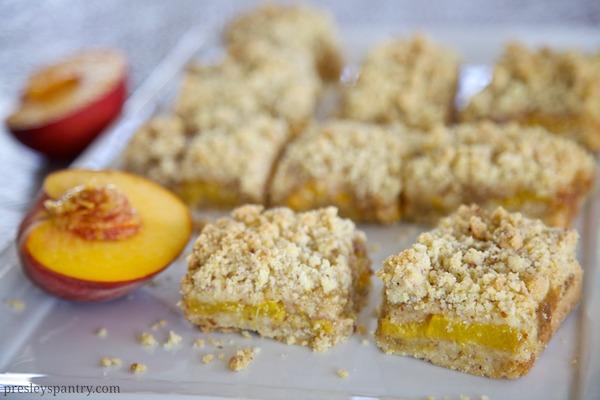 Delectable Fresh Peach Crumble Bars