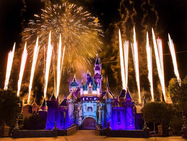 Disneyland Forever Sparkles in the Night Sky 5_15_DL_161161