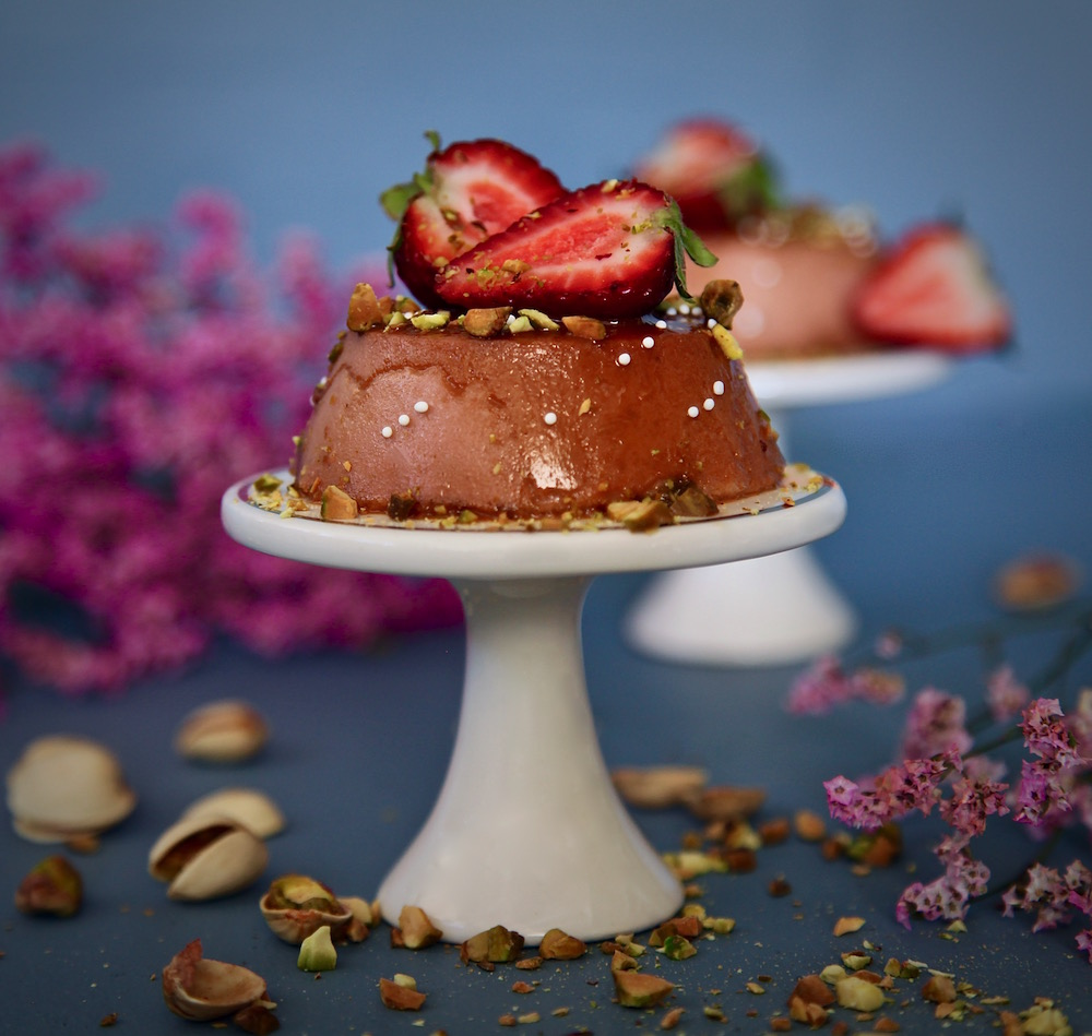 Strawberry Pistachio Flan for Mother's Day! Made with fresh strawberries, pistachios, and La Lechera!