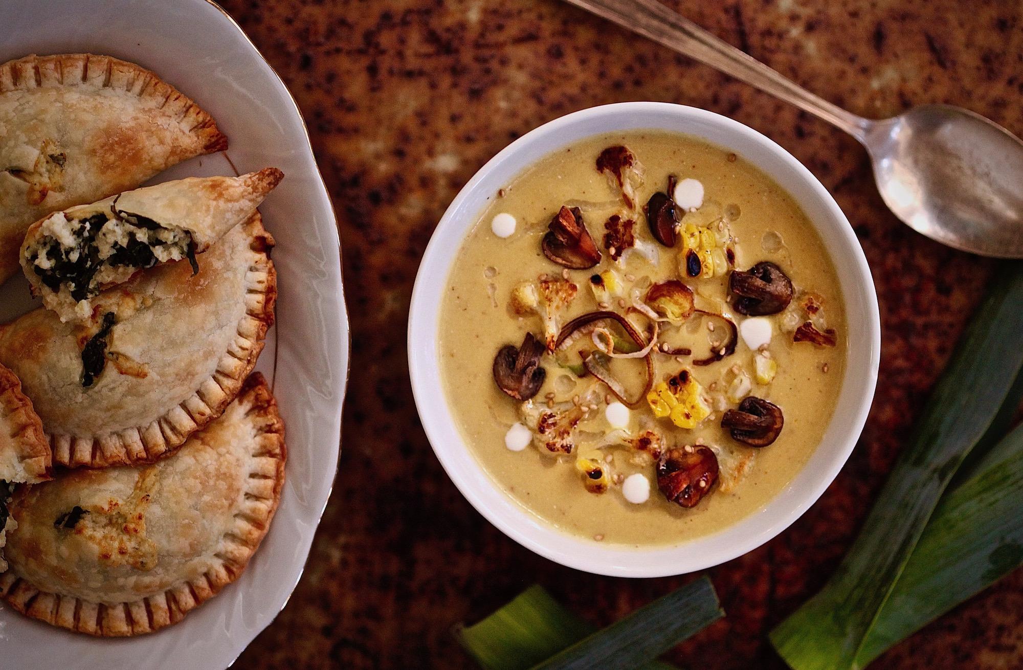 Creamy Roasted Cauliflower Soup