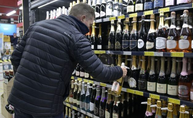 Level 3 lockdown: Here are Ramaphosa's new rules on alcohol sales